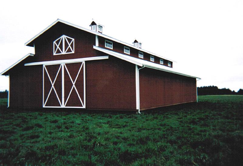 Raised center section polebarn texwin barns for Monitor pole barn
